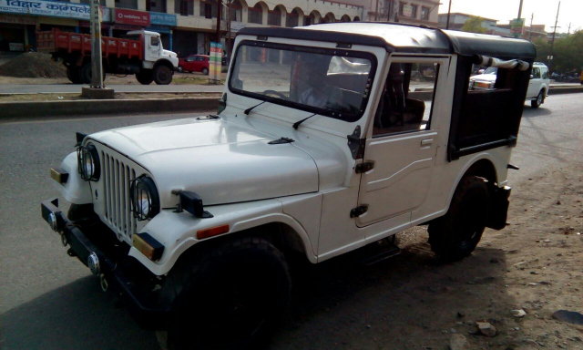 Mahindra Jeep MM 540 2001