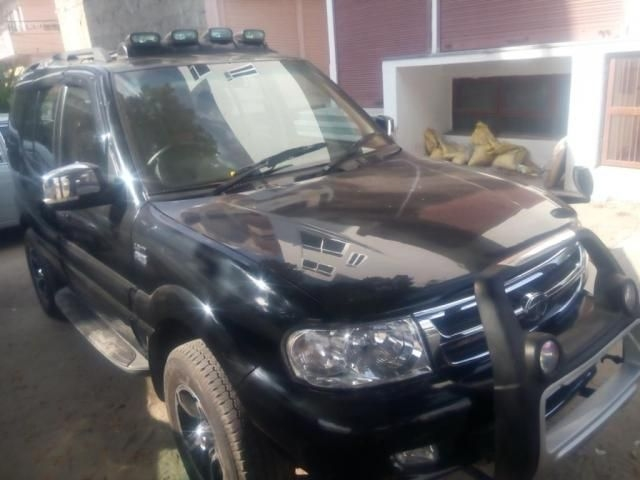 Tata Safari 4X2 EX DICOR BS III 2011