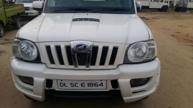 Mahindra Scorpio VLX AT AIRBAG BS III 2009
