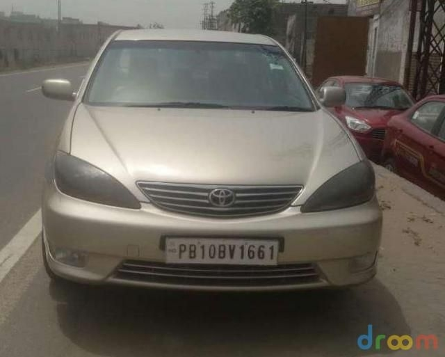Toyota Camry 2.5 L AT 2006