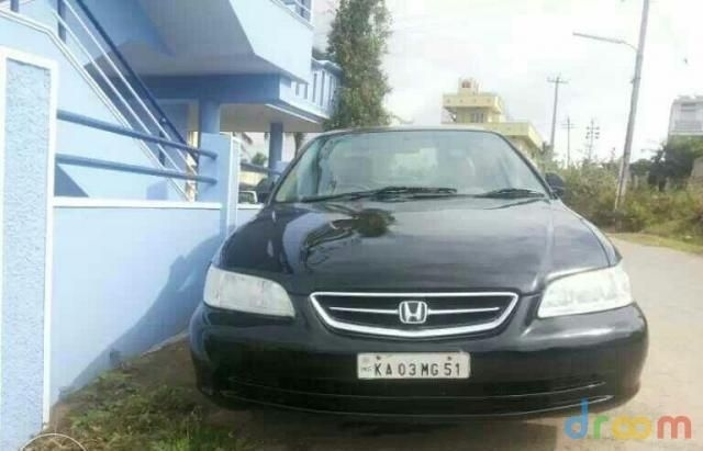 Honda Accord 2.3 VTI L MT 2003