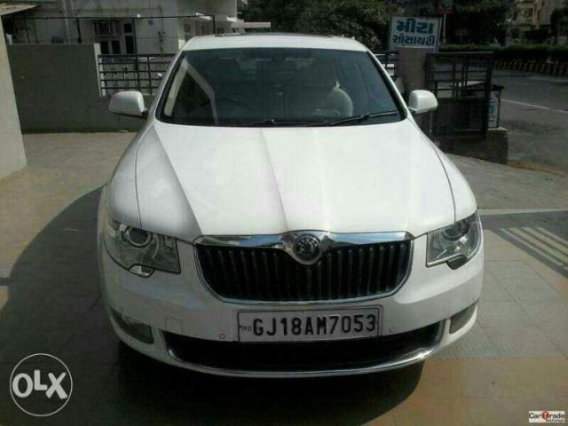 Skoda Superb 2.0 L&K AT 2013