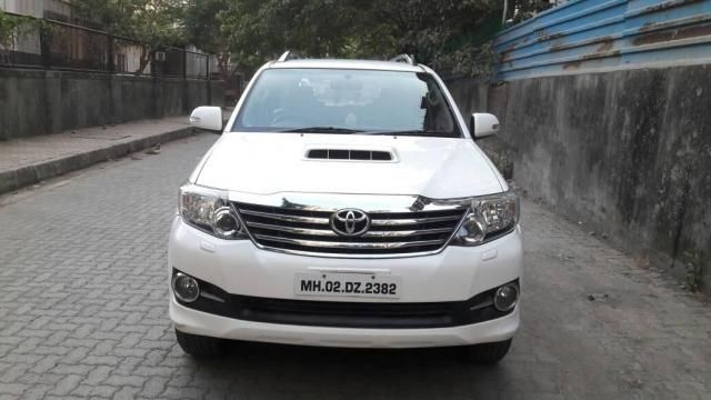 Toyota Fortuner 4x2 AT 2015