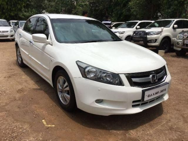 Honda Accord 2.4 MT 2010