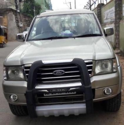 Ford Endeavour 2.5L 4x2 2006