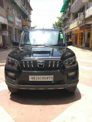 Mahindra Scorpio S10 AT 2015