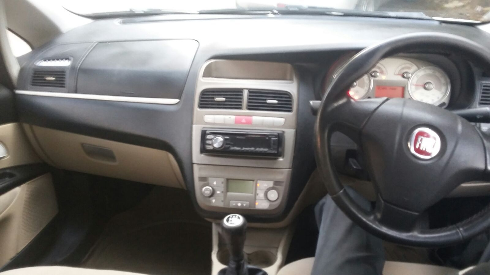 21 used fiat car in ahmedabad @ best price | droom