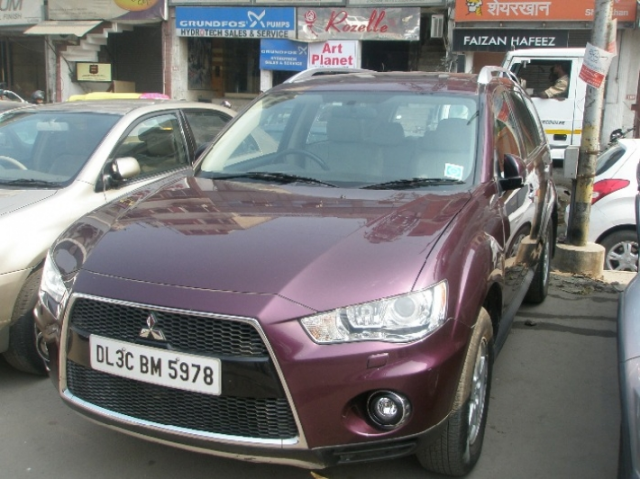 Mitsubishi Outlander 2.4 Chrome Ltd 2010