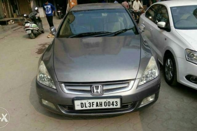 Honda Accord 2.4 MT 2006