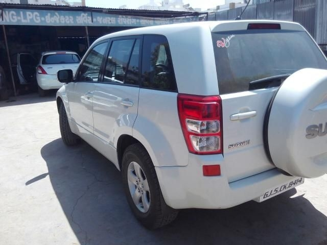 Maruti Suzuki Grand Vitara 2.4 AT 2008