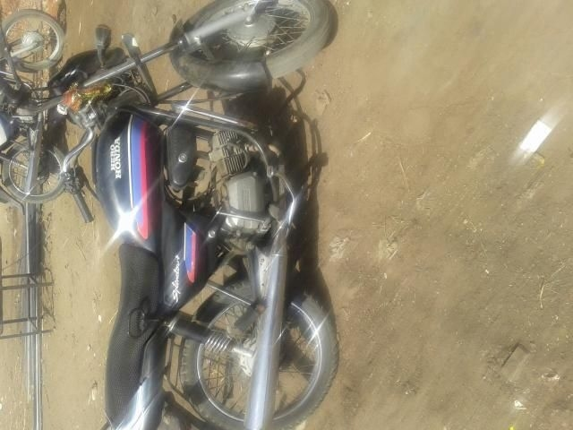 Hero Splendor plus 100 cc 2005