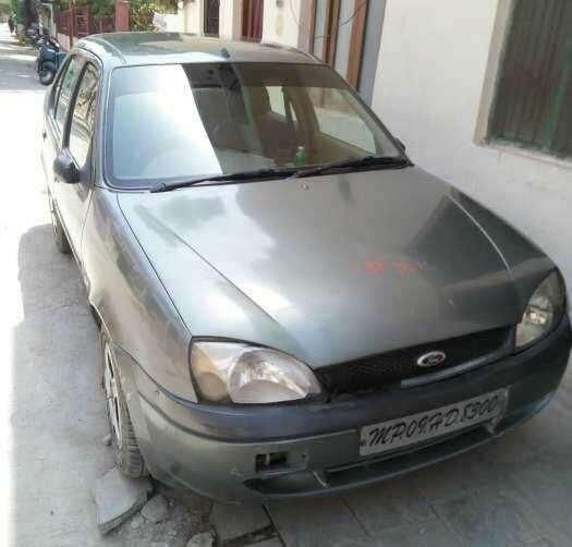 Ford Ikon 1.3 Flair 2009