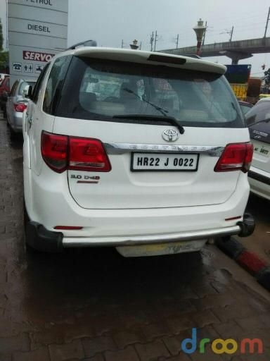 Toyota Fortuner 3.0 4x4 AT 2013