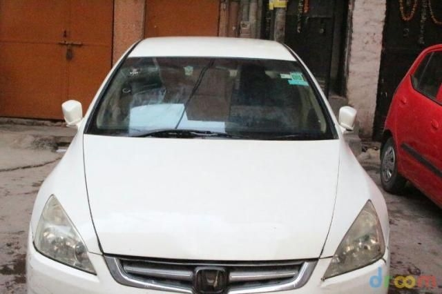 Honda Accord 2.4 MT 2005