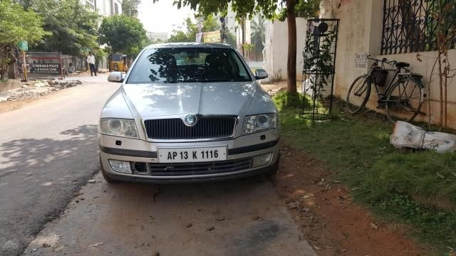 Skoda Laura L&K 2.0 TDI AT 2006