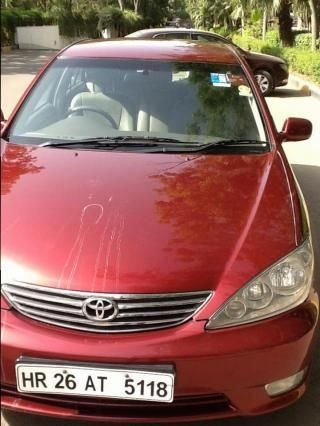 Toyota Camry 2.5 AT 2005