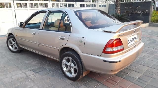 Honda City 1.3 DX 2002