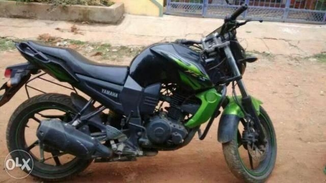 17 Used Grey Color Yamaha Fzs Motorcycle/bike for Sale | Droom