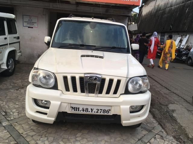 Mahindra Scorpio VLX AIR BAG BS IV 2014