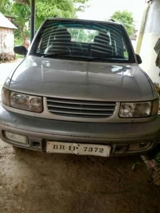 Tata Safari 4X2 2001
