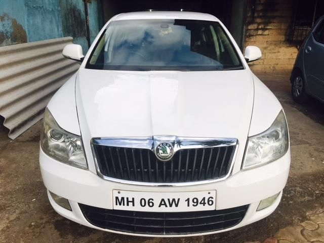 Skoda Laura 2.0 TDI CR MT 2009