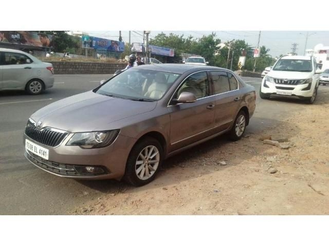 Skoda Superb Elegance 2.0 TDI CR AT 2014