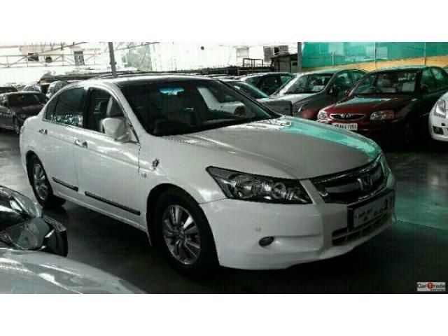 Honda Accord 2.4 ELEGANCE AT 2010