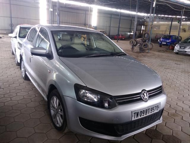 Volkswagen Polo Highline 1.2L (D) 2013