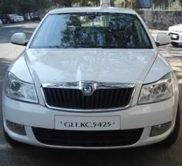 Skoda Laura Ambition 2.0 TDI CR MT 2009