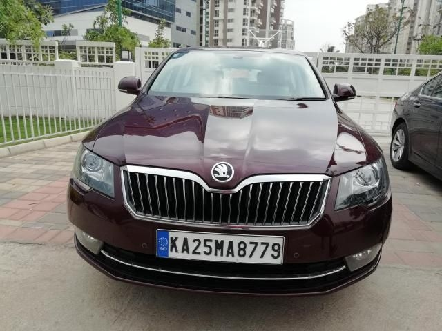 Skoda Superb Elegance 2.0 TDI CR AT 2015