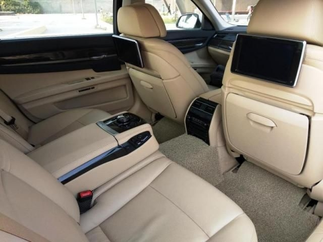 BMW 7 Series 730 Ld Signature 2015