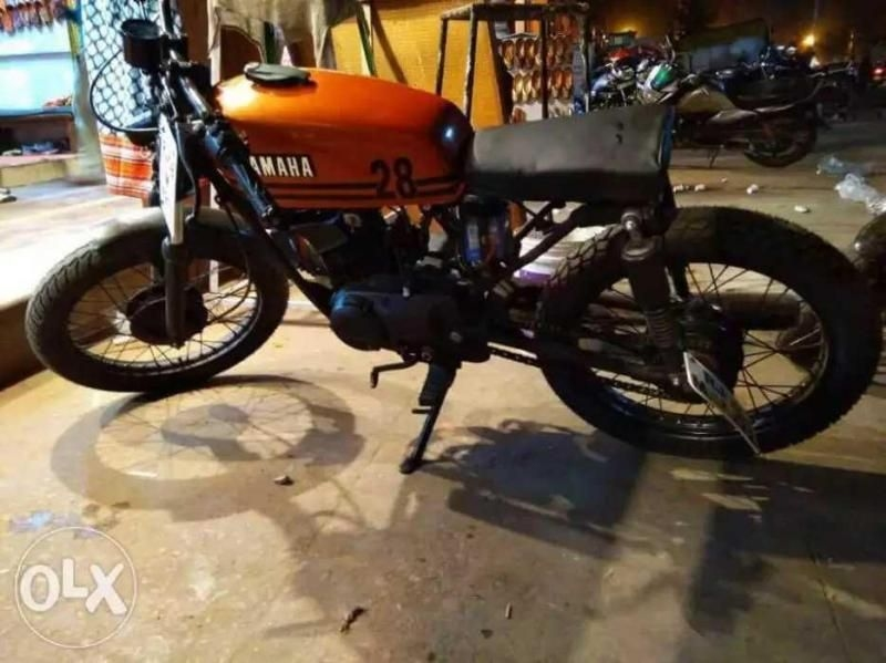 Yamaha Rx 100 Custom Bike for Sale in Jaipur- (Id: 1416133244) - Droom