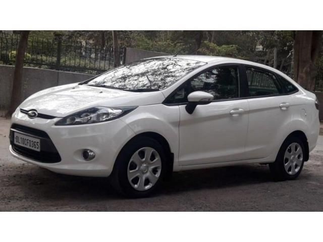 Ford Fiesta STYLE PETROL AT 2012