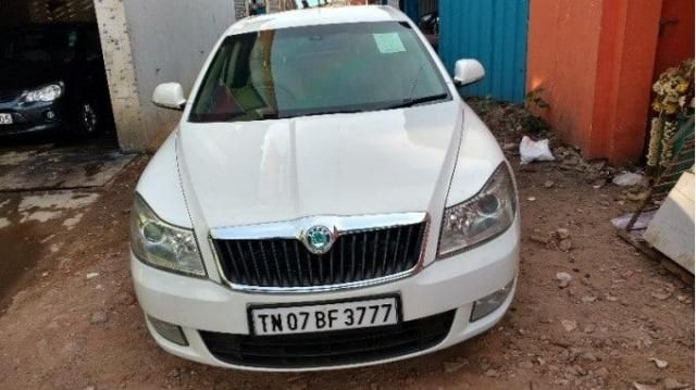 Skoda Laura AMBITION 2.0 TDI CR MT 2010