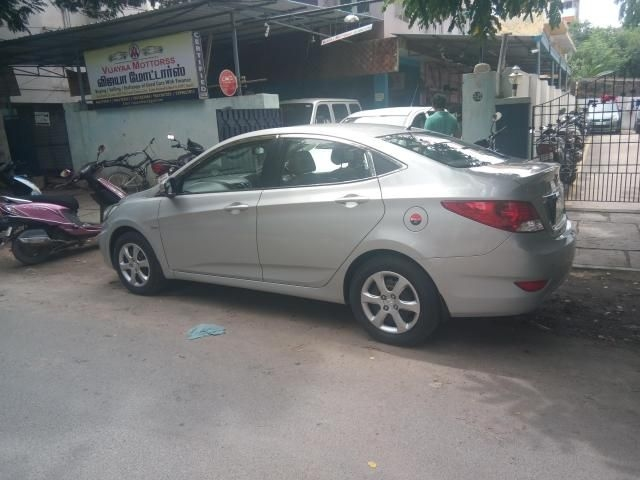 Hyundai Verna 1.6 SX VTVT AT 2013