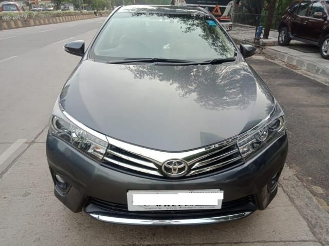 Toyota Corolla Altis 1.8 VL AT 2015
