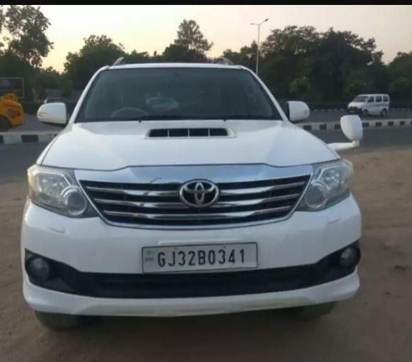 37 Used Toyota Fortuner In Ahmedabad Second Hand Fortuner Cars For