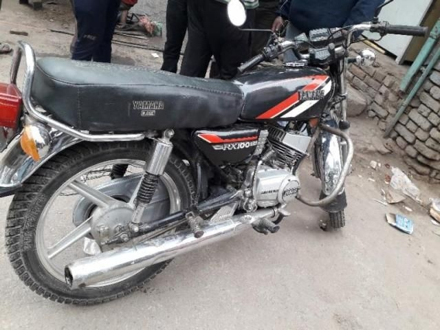 16 Used Yamaha Rx 100 Motorcycle/bike under 10000km for Sale | Droom