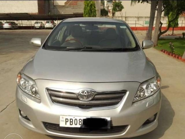 Toyota Corolla Altis 1.8 VL AT 2010
