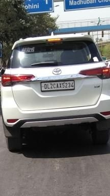 Toyota Fortuner 2.7 4x2 AT 2018