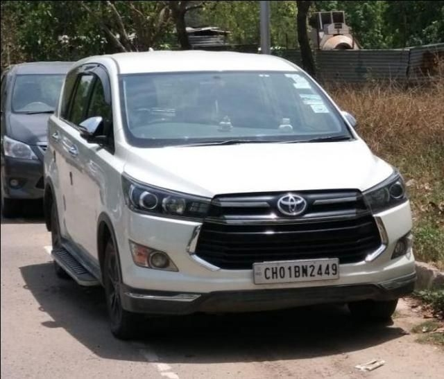 Toyota Innova Crysta 2.7 Touring Sport AT 2017