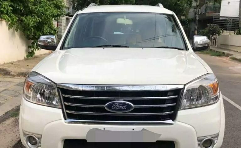 Ford Endeavour 4x2 AT 2012