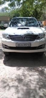 Toyota Fortuner 2.8 4x2 AT 2015
