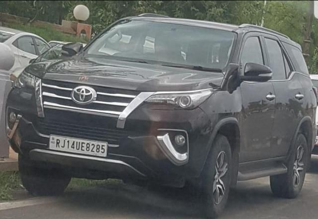 Toyota Fortuner 2.8 4x2 AT 2016