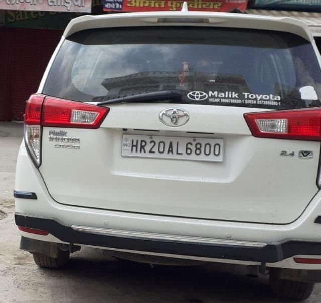95 Used Toyota Innova Crysta Car between 10000km to 20000km for Sale
