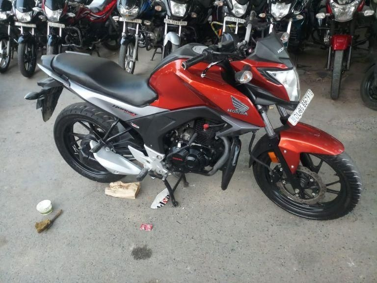 Honda Cb Hornet 160r Bike for Sale in Delhi- (Id: 1417950732) - Droom