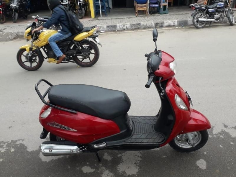 Suzuki Access Scooter for Sale in Bangalore- (Id: 1417984017) - Droom