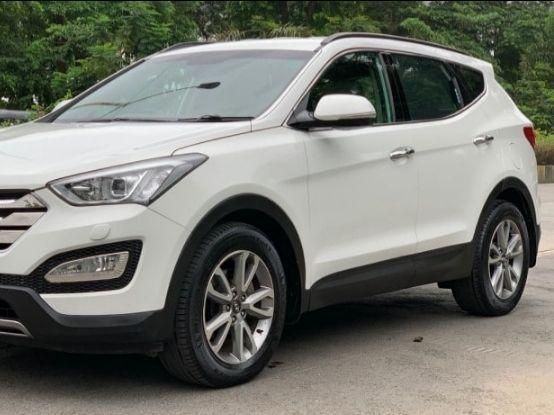 Hyundai Santa FE 4 WD AT 2015