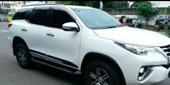 Toyota Fortuner 2.8 4x4 AT 2019