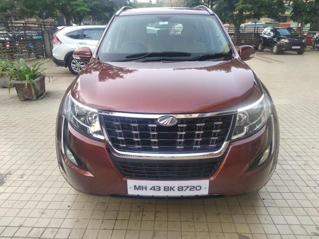 Mahindra XUV500 W11 AT 2018